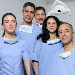 equipe dr chouraki marc dentiste paris 8 implantologie paris 8